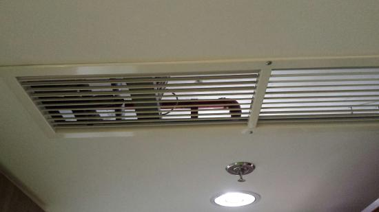 ACHAT Premium Budapest: Air con and...what we can find up to the ceiling