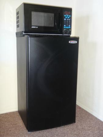 Franciscan Inn Motel: Refrigerator/Microwave