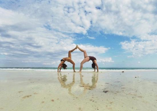 yoga on the beach in tulum picture of yoga shala tulum. Black Bedroom Furniture Sets. Home Design Ideas