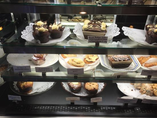 Caffe Vero : Yummy treats