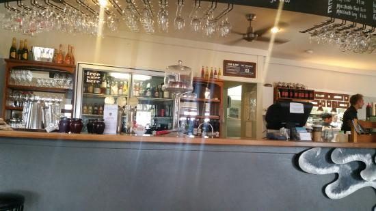 Nor'Wester Cafe: The Bar