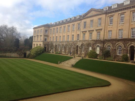 Worcester College: The first view