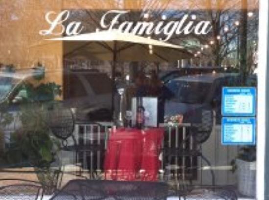 La Famiglia: Sabor italiano com maestria !