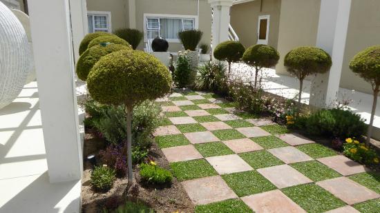 Swakopmund Guesthouse: courtyard