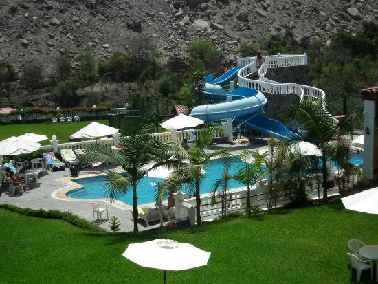 Hotel lunahuana river resort desde s 348 lunahuan per for Hoteles con piscina en cuenca