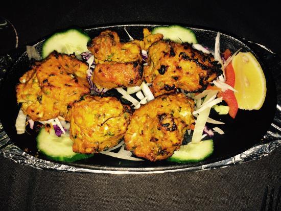 Indian Tandoori Spices Restaurant: Garlic chicken tikka freshly,so ...