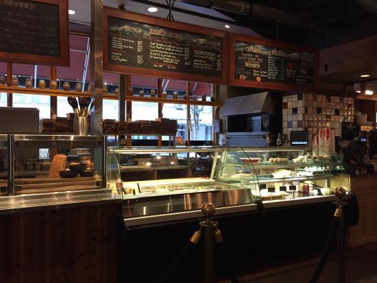 Portobello Market & Fresh Bakery: Portobello open kitchen