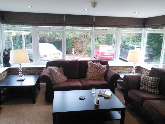 The Lennox Lea Hotel: lounge in apartment