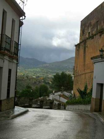 Hotel Jardin de la Muralla: Old Town Ronda in November