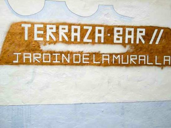 Hotel Jardin de la Muralla: 'Terrazana-Bar' sign