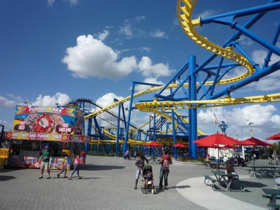 Fun Spot America: Hanging Coaster