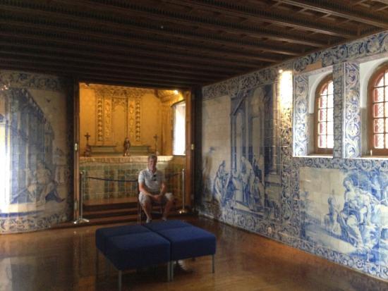 Azulejos picture of casa de santa maria cascais for Casa de azulejos