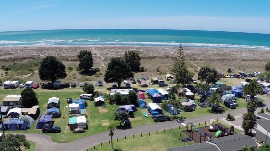 Ohiwa Beach Holiday Park: Camping areas