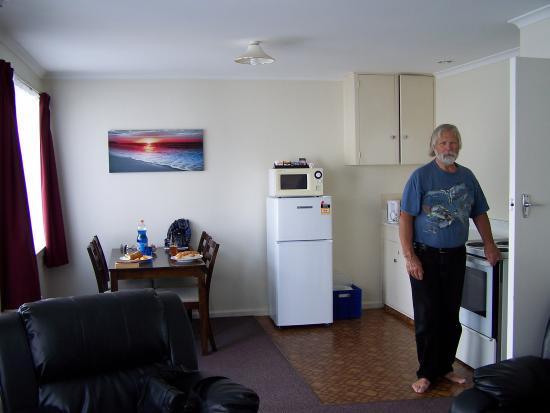 Arcadia Motel : interior