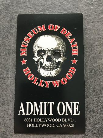 Museum of Death: Билет в музей смерти
