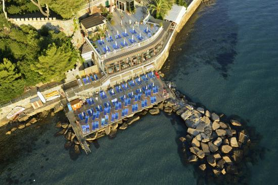 Photo of Hotel Arc en Ciel Diano Marina