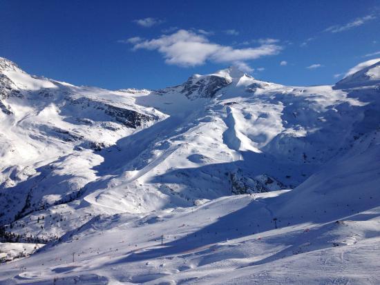 Hotel Gletscher & Spa Neuhintertux: Ski area