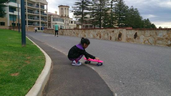La Mancha Holiday Suites: My daughter with her pennyboard