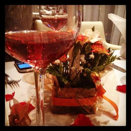 The Ivy Restaurant & Lounge: rose wine