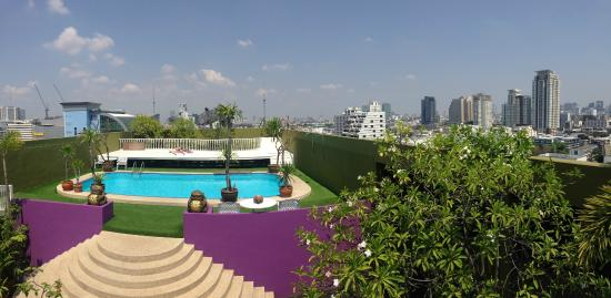 The Victory Executive Residence: rooftop swimming pool