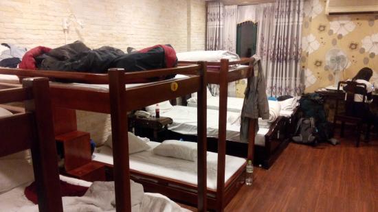 Little Hanoi Diamond Hotel: 8-bed dorm