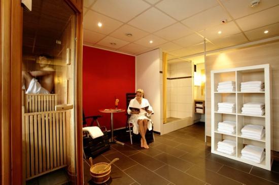 H+ Hotel Bochum: Sauna