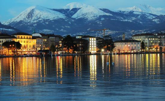 Lugano Dante Center Swiss Quality Hotel: views outside the hotel , lake lugano