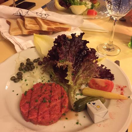 Hotel Ochsen: Beef tartar, yummy