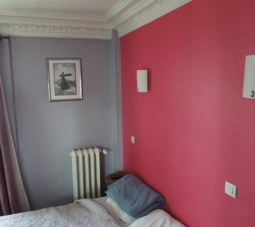 Hotel Baudin : Bett und Heizung