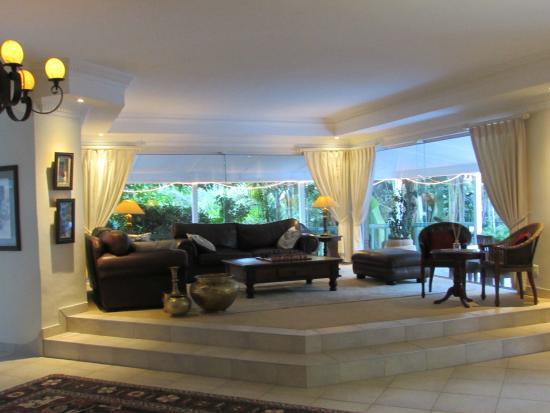Cinnamon Boutique Guest House: Lounge area