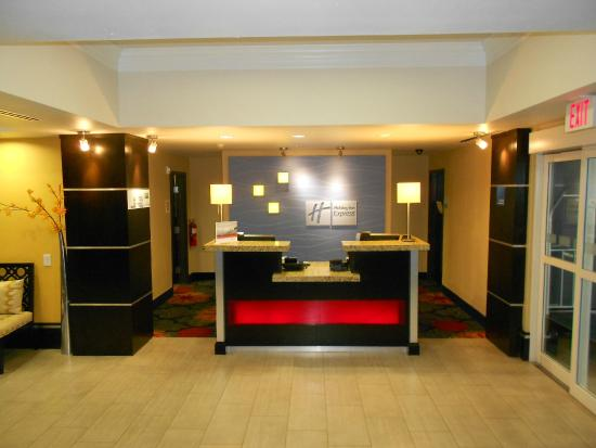 Holiday Inn Express & Suites Corpus Christi North: Front Desk Reception