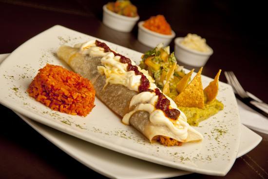 Al Patio Restaurante Bar: Chamacos (Burrito)
