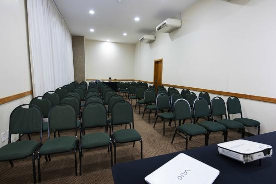 Comfort Hotel Taguatinga : Sala Pequi 2