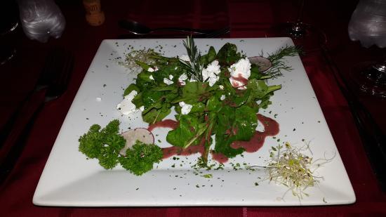 Los Tres Cocos: Arugula salad with goat cheese