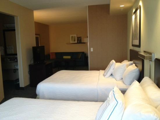 SpringHill Suites Hagerstown: Room