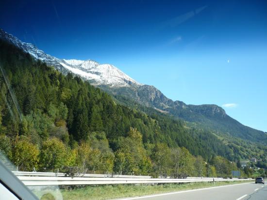 Albergo Losone : vue sur les collines