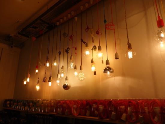lampes ampoules et luminaires originaux photo de fleux 39 paris tripadvisor. Black Bedroom Furniture Sets. Home Design Ideas