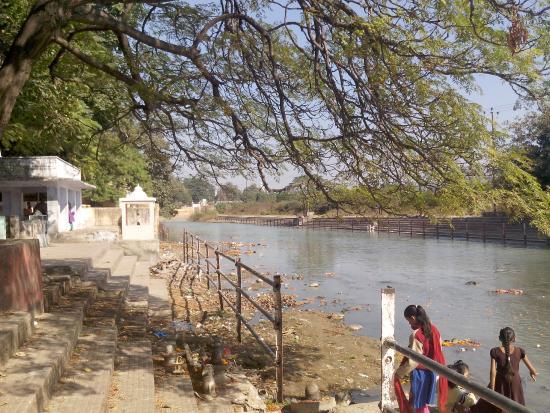 Daksh Mahadev Temple: Daksha ghat