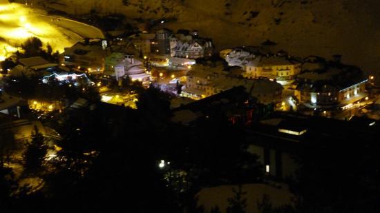 Hotel Reino Nevado: Vista nocturna