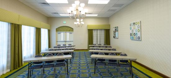 Holiday Inn Express Hotel & Suites Montgomery/Boyd Cooper Parkway: Banquet/Meeting Facilities