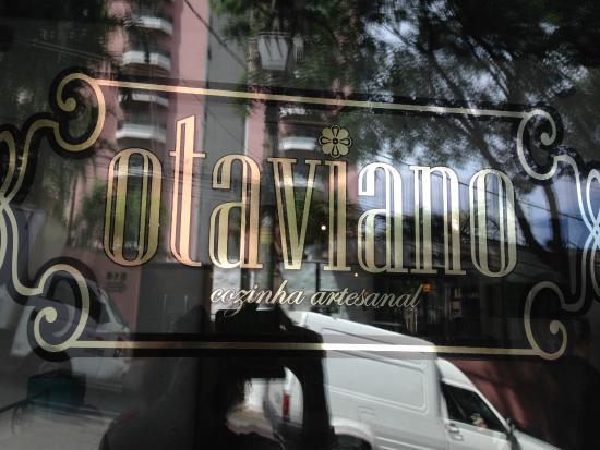 Otaviano Restaurante: Sabe aquele lugarzinho simples, mas ao mesmo tempo cheio de charme?  É aqui!