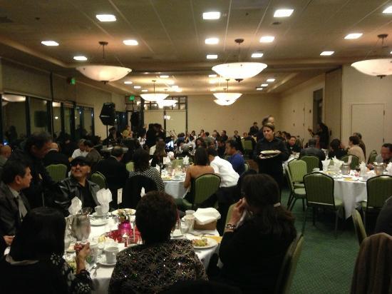 San Mateo, CA: Sit down dining