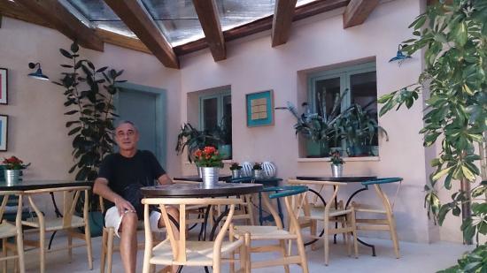 Zona de desayuno fotograf a de hotel ayllon ayll n - Hoteles en ayllon ...