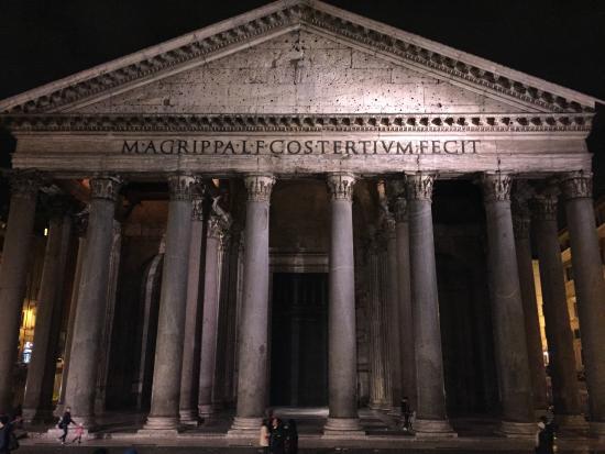 Rome, Italy: le soir