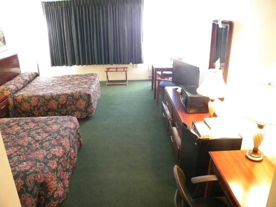 Baxter Park Inn: 2 Queen Room