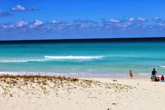 Varadero Beach : .