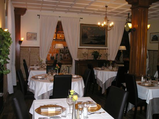 Restaurant vecchia roma photo de la tete des faux for La vecchia roma ristorante roma