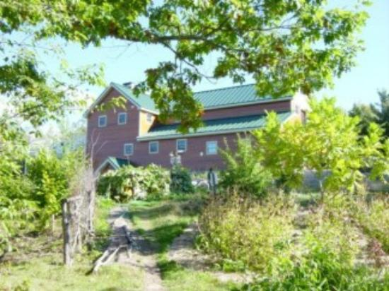 D Acres of New Hampshire: Side view