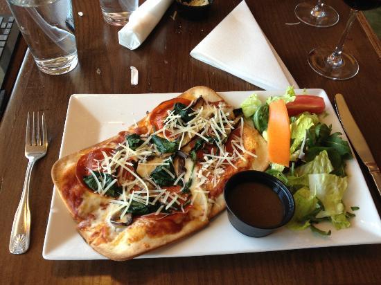 Pizza Fusion: Personal Gluten Free with Pepperoni, Spinach & Portobello