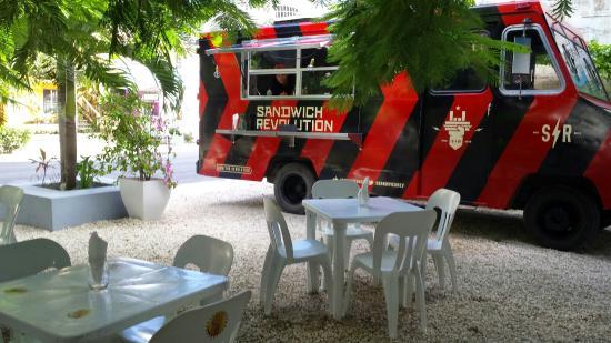 Sandwich Revolution
